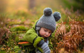 ns cet article, découvrez comment prendre soin naturellement de la peau de nos bébés, si fine et si fragile, qui est mise à malen hiver.